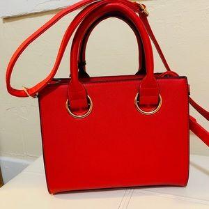 🆕Red vegan leather crossbody bag